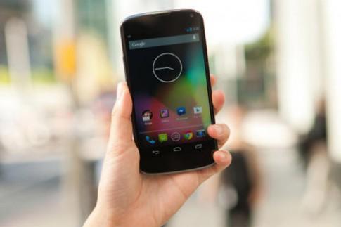 Điện thoại Google Nexus 4 bán hết sau gần một giờ