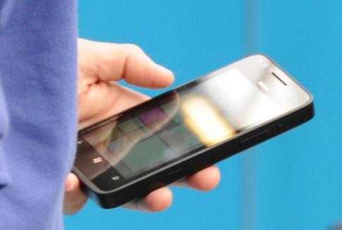 Điện thoại Nokia chạy Windows Phone 8 lộ diện
