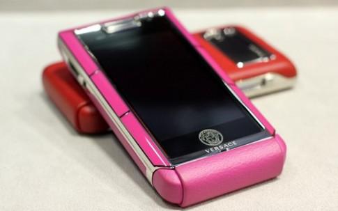 Điện thoại thời trang Versace Unique giá hơn 89 triệu đồng