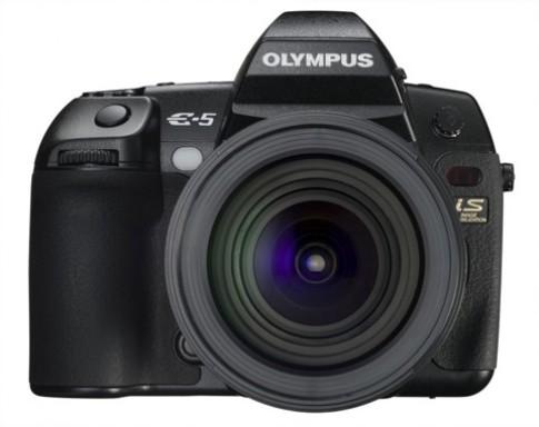 DSLR tầm trung giá gần 1.700 USD của Olympus