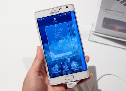Dùng thử Galaxy Note Edge màn hình cong