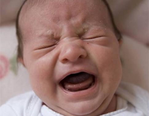 Đừng vội dỗ khi con nhỏ khóc đêm