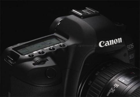 Firmware mới ra của Canon 5D Mark II đã bị lỗi