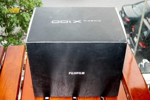 Fujifilm X100 hàng xách tay giá 32 triệu