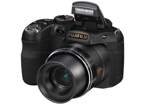 Fujifim ra máy ảnh zoom 18x nhỏ nhất thế giới