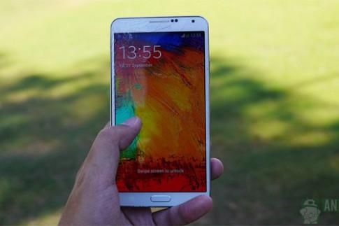 Galaxy Note 3 được thả rơi để thử độ bền