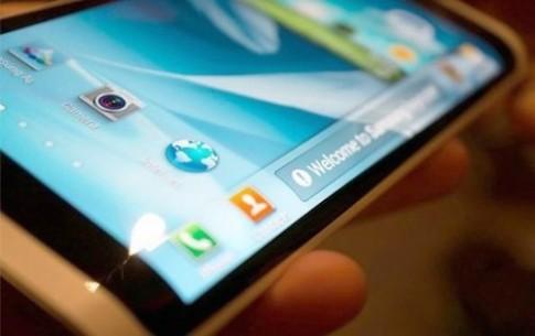 Galaxy Note 4 có thể dùng màn hình cong, vỏ kim loại