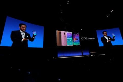 Galaxy Note 4 viền kim loại và Note Edge màn cong trình làng