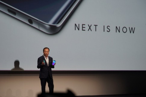 Galaxy Note 5 thiết kế mới ra mắt cùng S6 edge màn hình cong