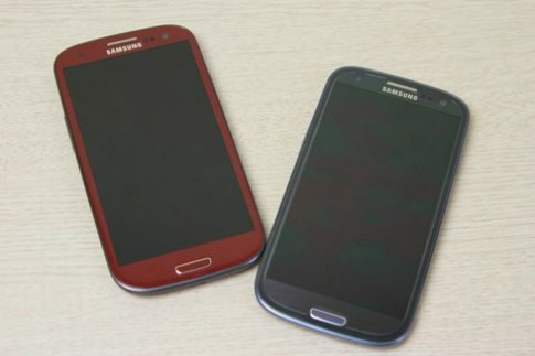 Galaxy S III màu đỏ chip lõi tứ bắt đầu bán ở VN