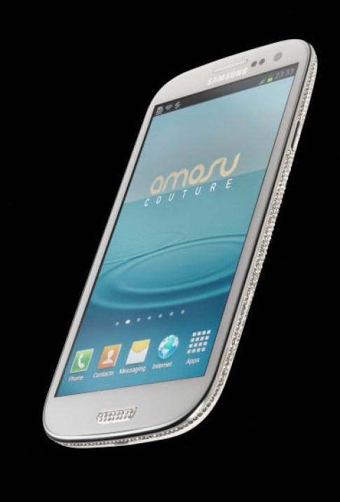 Galaxy S III phiên bản đính đá Swarovski đầu tiên giá 2.700 USD