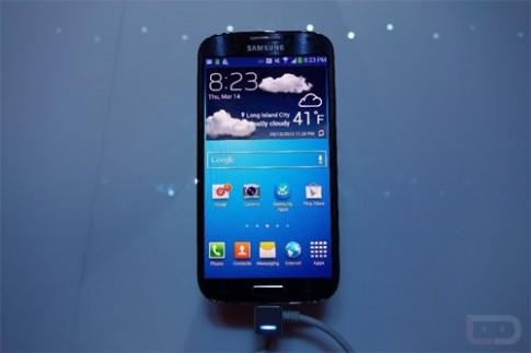 Galaxy S4 bản khóa mạng ở Mỹ giá 99 USD