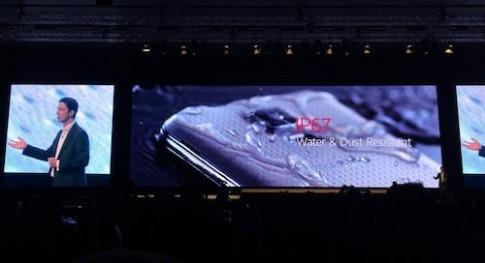 Galaxy S5 trình làng với cảm biến đọc vân tay