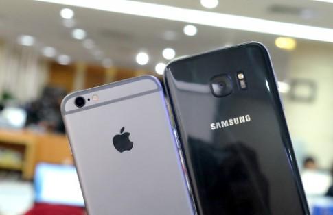 Galaxy S7 edge đọ camera giấu mặt với iPhone 6s