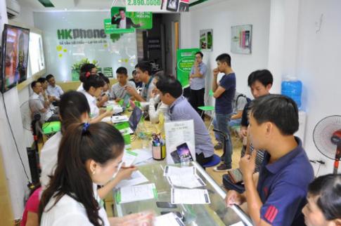 Gần 1.000 người đặt mua smartphone iRevo vỏ thép