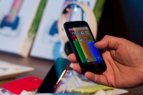 Giá smartphone ngày càng rẻ