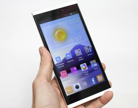Gionee Gpad G5 - smartphone 5,5 inch dùng chip 6 nhân