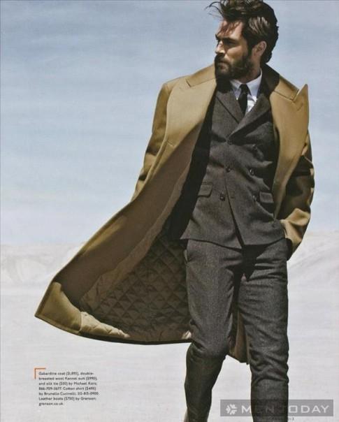 Gợi ý: Mix đồ nam thu đông cùng trench coats trên Esquire