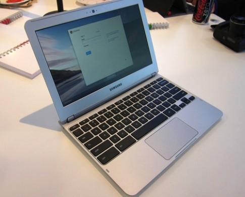 Google có thể sắp ra Chromebook màn hình cảm ứng