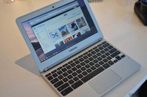 Google ra Chromebook nặng 1,1 kg và pin 6,5 tiếng