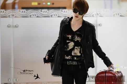 Gu thời trang sân bay đa phong cách của Jae Joong (JYJ)