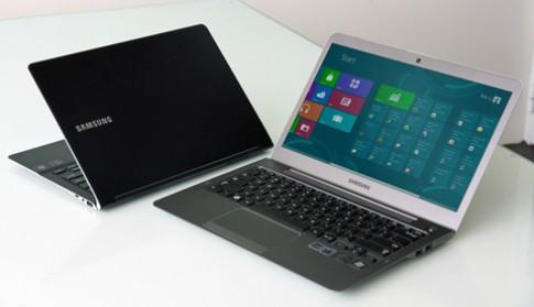 Hai laptop Windows 8 đầu tiên từSamsung so dáng