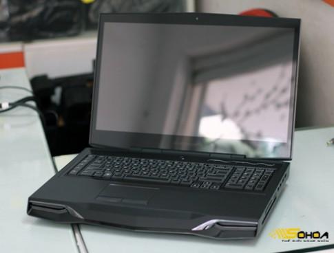'Hàng khủng' Alienware M18x tại VN