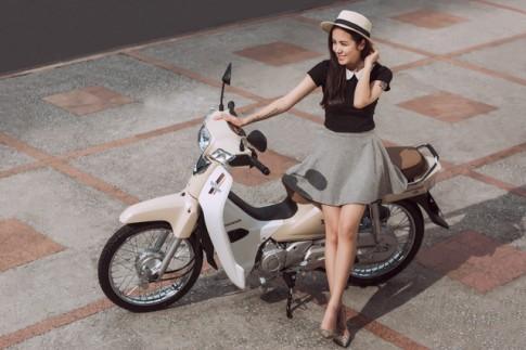 Hãy yêu một cô gái đi xe số