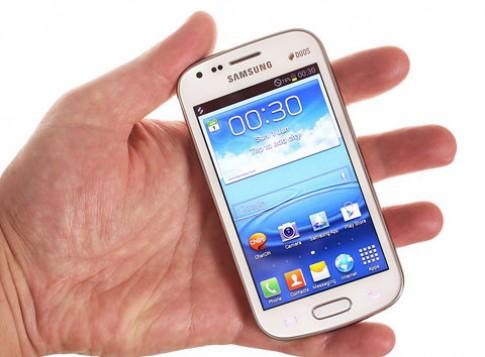 Hình ảnh phiên bản Galaxy S III thu gọn hai sim
