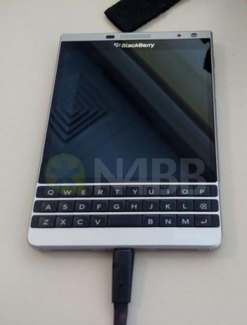 Hình ảnh rò rỉvề BlackBerry Olso