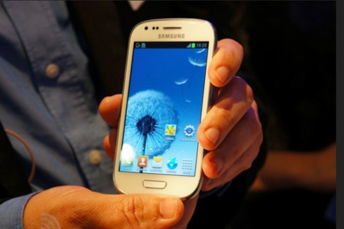 Hình ảnh thực tế Samsung Galaxy S III Mini