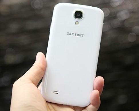 Hình ảnh thực tế Samsung Galaxy S4 màu trắng