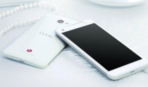 HTC Deluxe màn hình Full HD lộ diện qua hình ảnh mới
