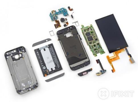 HTC One 2014 dễ xước, khó sửa chữa