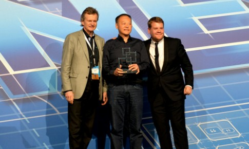 HTC One giật giải smartphone tốt nhất ở MWC 2014