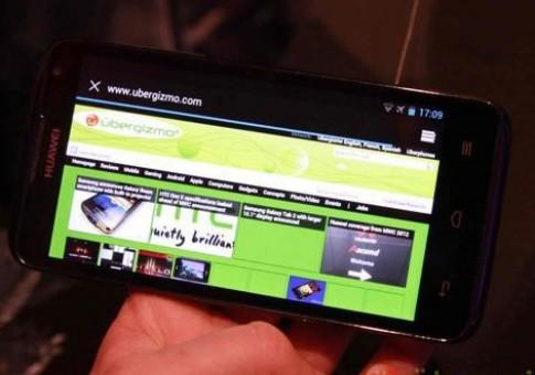 Huawei bổ sung Ascend D2 màn hình 5 inch, chip bốn lõi