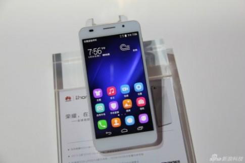 Huawei ra smartphone 8 nhân mạnh hơn Galaxy S5, Xperia Z2