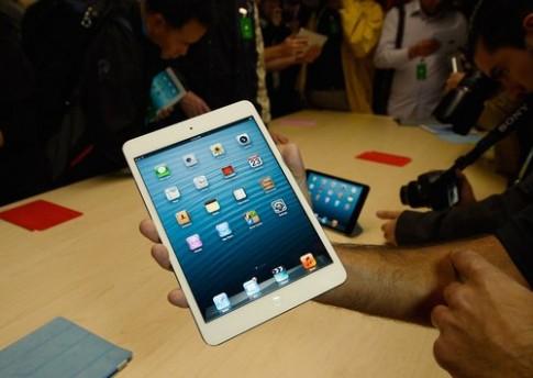 iPad Mini và iPad 4 có hàng 'refurbished'