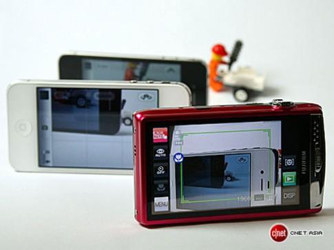 iPhone 4, 4S đọ ảnh với Fuji Z900EXR