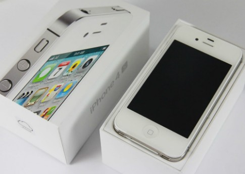 iPhone 4S giảm giá sâu