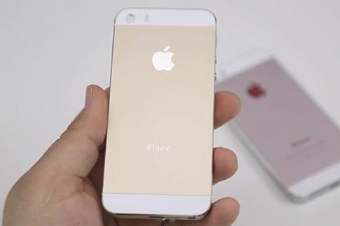 iPhone 5S vàng sâm panh xuất hiện trong video mới