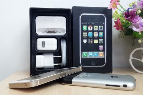iPhone đời đầu hàng độc giá nghìn USD ở Việt Nam