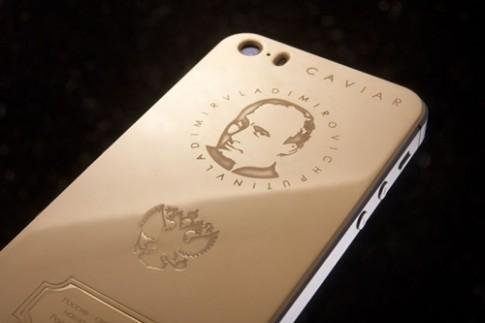 iPhone vàng in hình Putin
