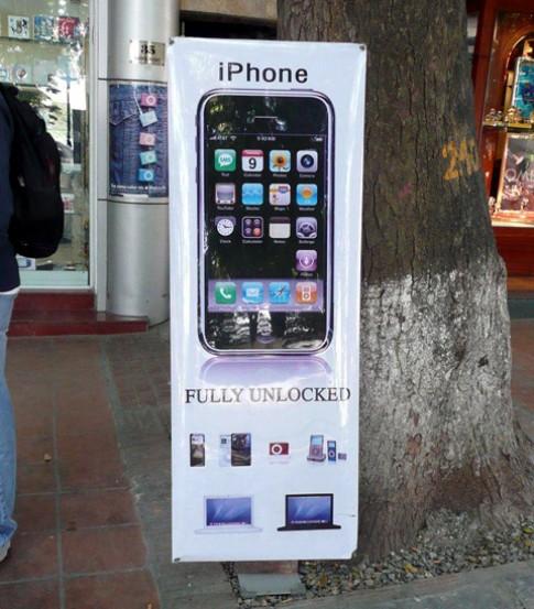 iPhone VN trong mat nguoi nuoc ngoai