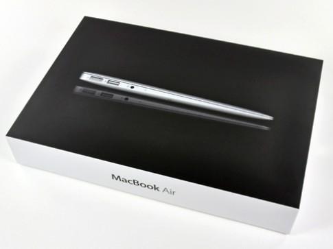 Khám phá 'nội tạng' Macbook Air mới