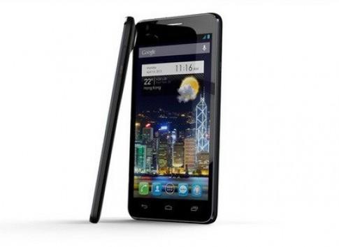 Kỷ lục smartphone mỏng nhất thế giới bị phá ở CES 2013