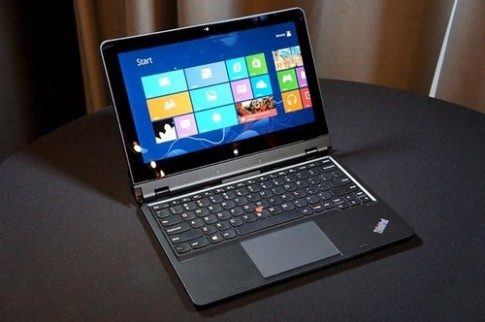 Laptop bàn phím rời ThinkPad Helix bán muộn