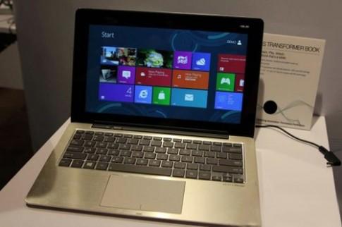Laptop biến hình Transformer Book giá gần 1.500 USD