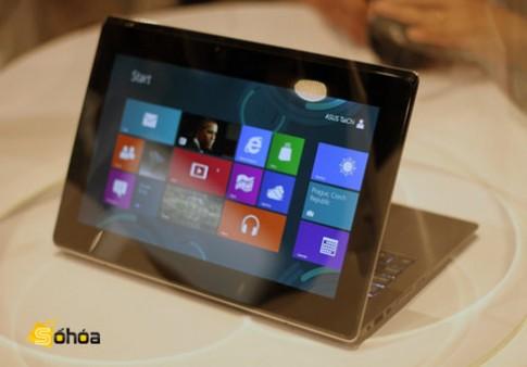 Laptop 'biến hóa' hai màn hình của Asus