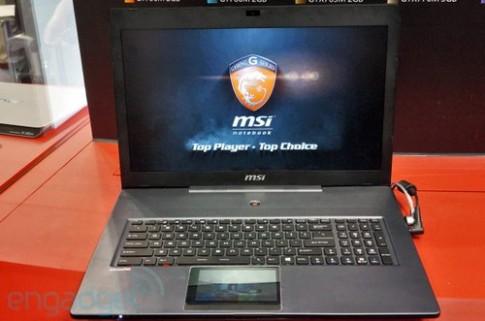 Laptop chơi game có touchpad là màn hình cảm ứng